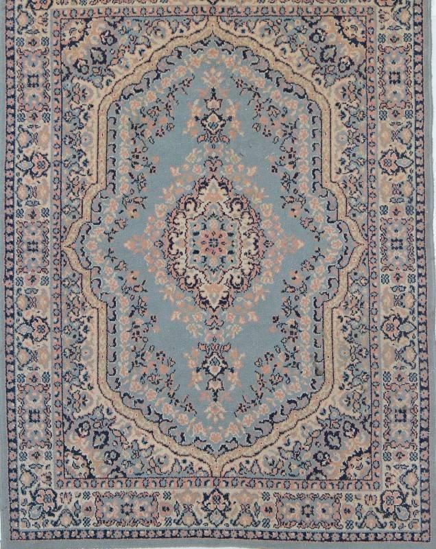 Lote 4033 tapete persa com motivos geom tricos em tons for Alfombras motivos geometricos