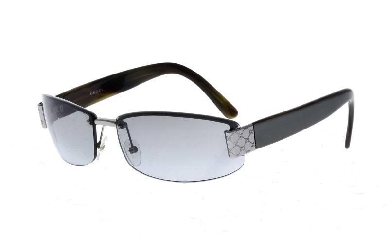 e01f1fb24637c Lote 187 - Óculos de sol de Senhora GUCCI, Made in Italy, GG 1799 S NQ2ZR  60 15 125, com estojo original - Current price  €25