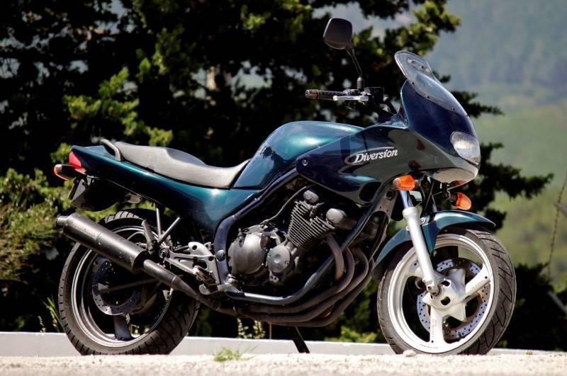 Lote 4736 Moto Yamaha Modelo Xj 600 Ano 1993 598 Cc 44 8 Kw 63 000 Km Cor Verde Moto Idêntica à Venda Por 2 500 Em Http Www Motofan Pt Usadas Yamaha Xj 600 S Diversion 4br 47780 Venda Notas Sinais De Uso