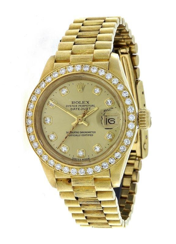 c2a2487d8a2 Lote 6127 - ROLEX EM OURO 18 KT E DIAMANTES - Relógio de pulso de senhora  Modelo Oyster Perpetual Datejust