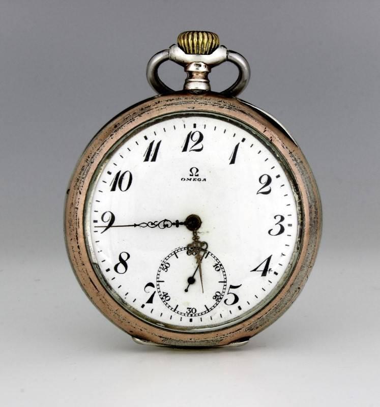 fb10fcef829 Lote 2759 - Relógio de bolso OMEGA - Grand Prix Paris 1900 - em prata 800  contrastada